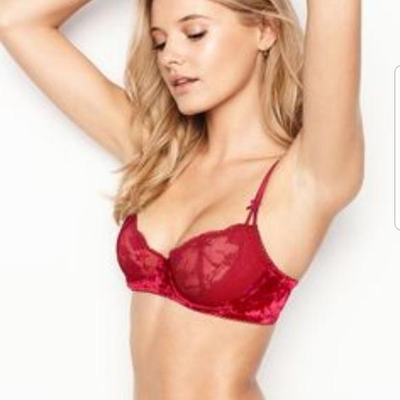 72f34a25c00d0 Victoria s Secret DREAM ANGELS wicked uplift bra